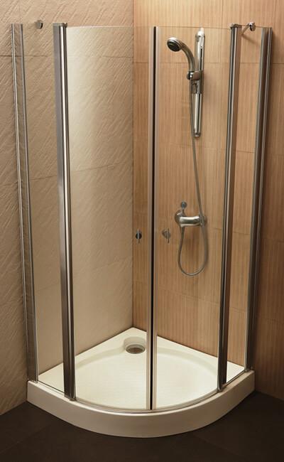 מקלחונים לבנים בהוד השרון